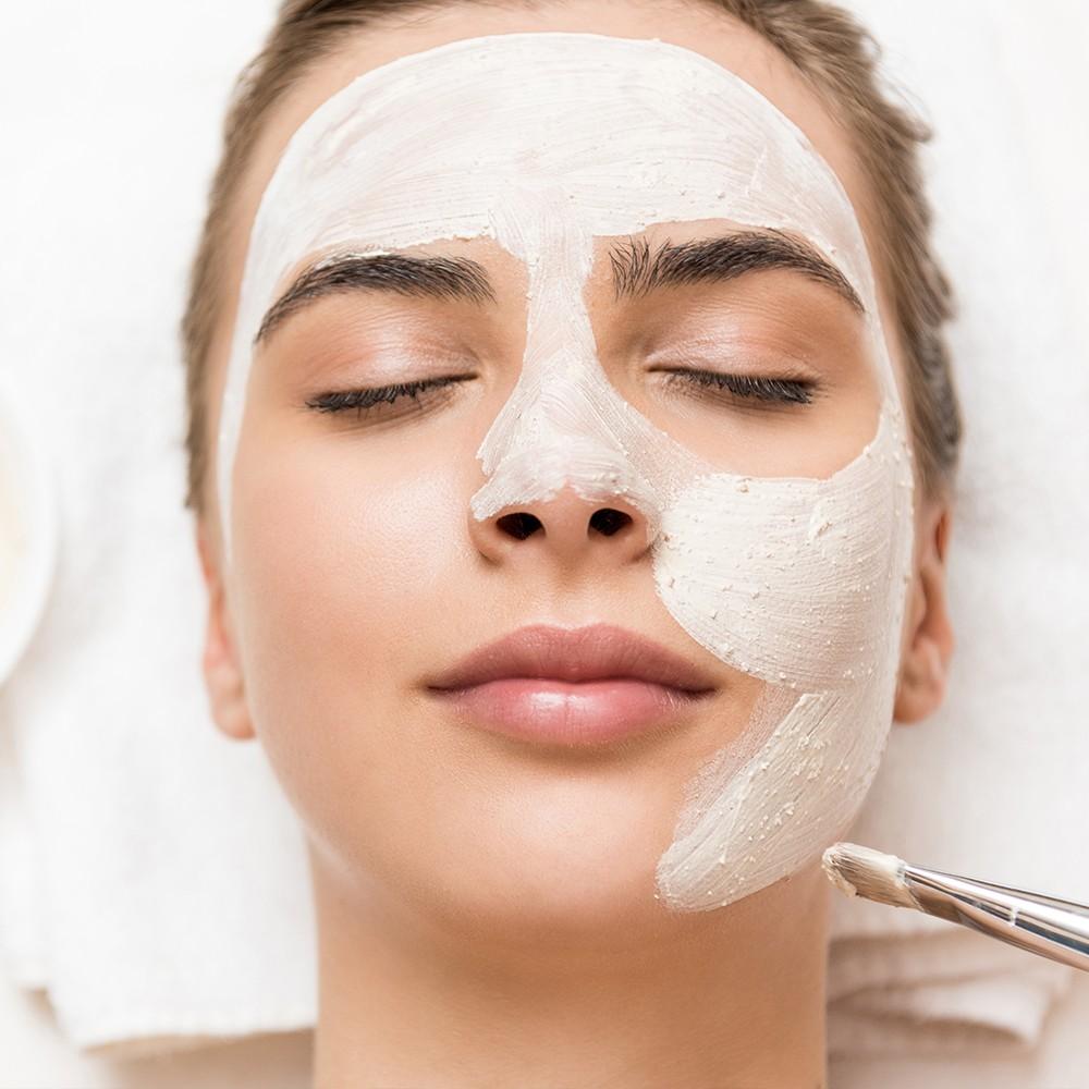 Anında Güzellik: Hızlı Etkili En İyi 4 Bakım Maskesi