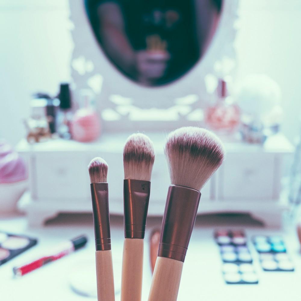 Kozmetik Ürünlerde Dikkat Etmeniz Gerekenler Neler?