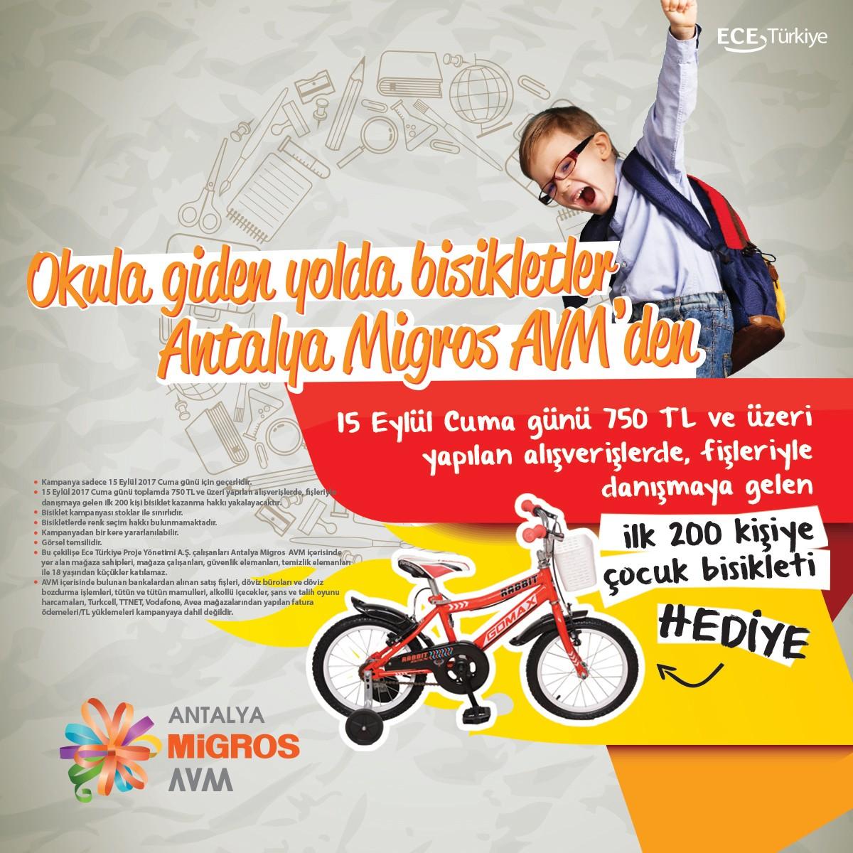 Okula giden yolda bisikletler Antalya Migros AVM'den!